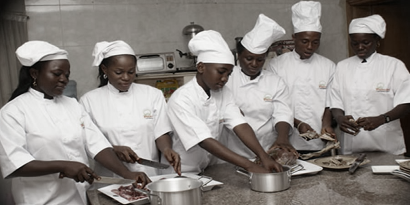 caterer learning how to cook in Nigeria
